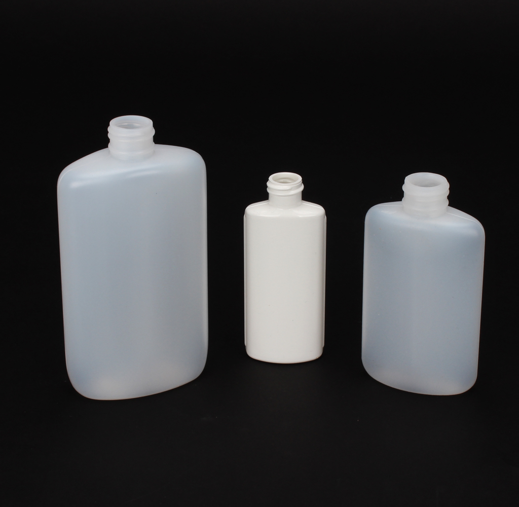 16 Plastic Ovals #208